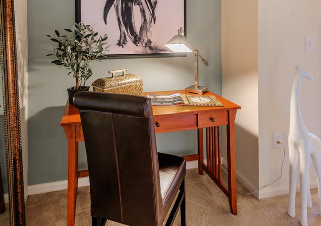 Tradition at Stonewater Apartments - Work Nook