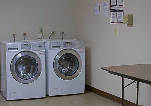 Whisper Hollow Apartments - Laundry Room