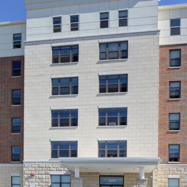 Waukegan, IL Apartment For Rent
