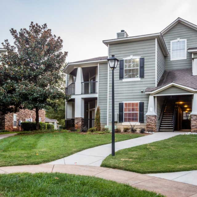 Apt In Charlotte Nc: Parkside At South Tryon Charlotte, NC