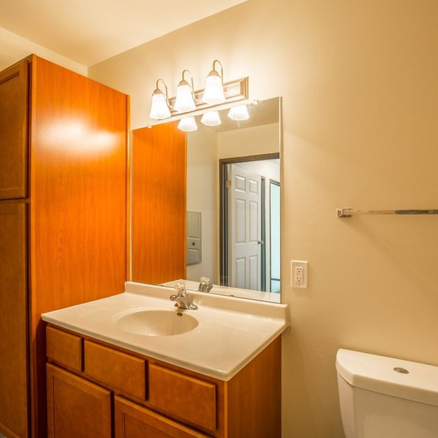 Glendale Apartments: Apartments In Glendale WI