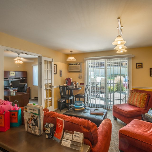 Glen Haven Apartments: Apartments In Glendale WI