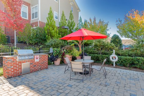 Tradition at Stonewater Apartments - Outdoor BBQ Area