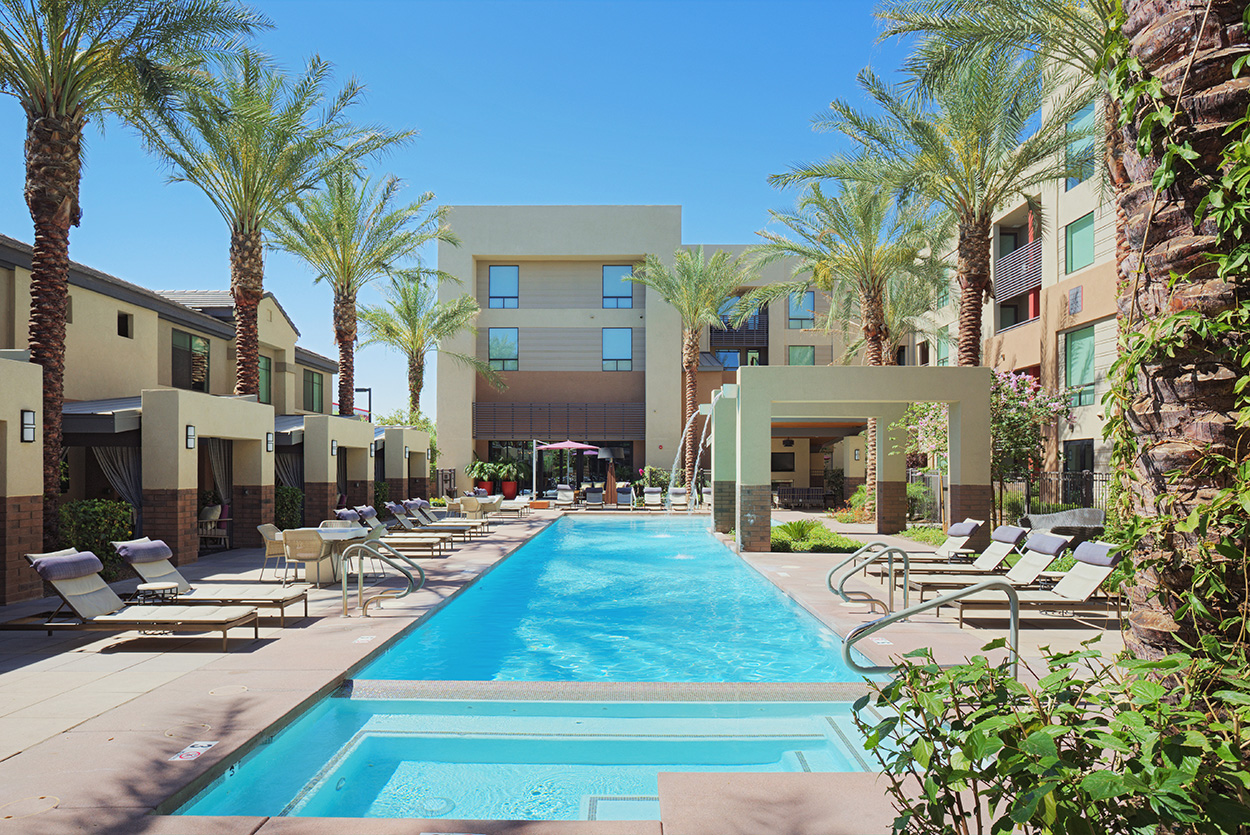 Audere Apartments Centrally Located Pool And Spa With Resort Style Cabanas
